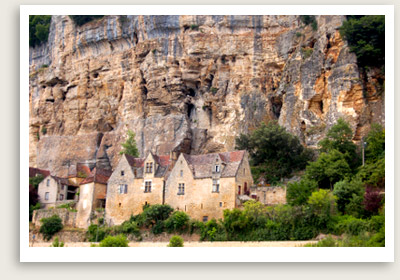 Prehistoric Caves in Dordogne - Well Arranged Travel